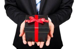 20120917-pires-idees-de-cadeaux-femme