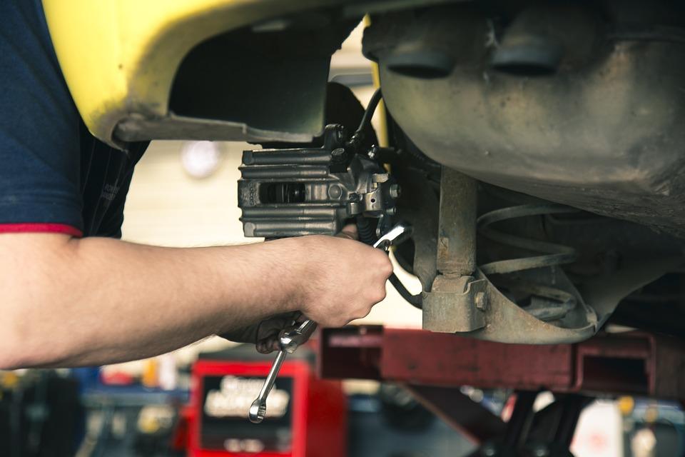 mechanic-1696914_960_720 (1)