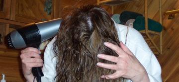 woman-drying-hair-234412889835803tZ